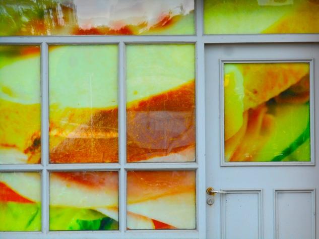 Sandwich Windows